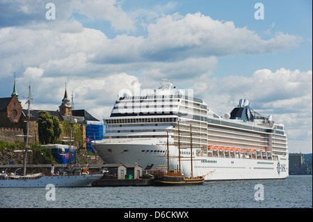 Akerhus fortress, cruise ship in the harbour. Oslo, Norway, Scandinavia, Europe - Stock Photo