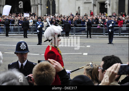 London, UK. 17th April 2013. The people of the UK showed their respects to UK Prime Minister Margaret Thatcher today. - Stock Photo