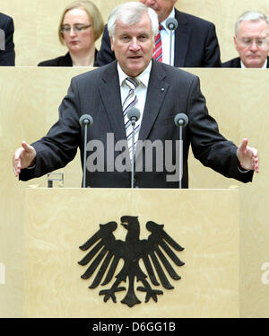 FILE - A file picture dated 30 September 2011 shows Bavarina Prime Minister Horst Seehofer during a meeting of the - Stock Photo