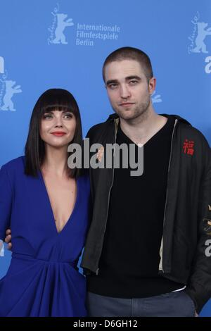 Actors Christina Ricci  (l) and Robert Pattinson attend the photo call of 'Bel Ami' during the 62nd International - Stock Photo