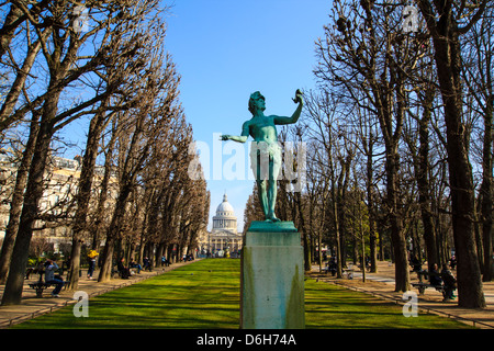 Statue of the 'Greek Actor' in the Luxembourg garden, Paris, France - Stock Photo