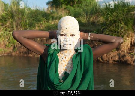 Ethiopian tribes, happy Karo boy - Dietmar Temps, photography