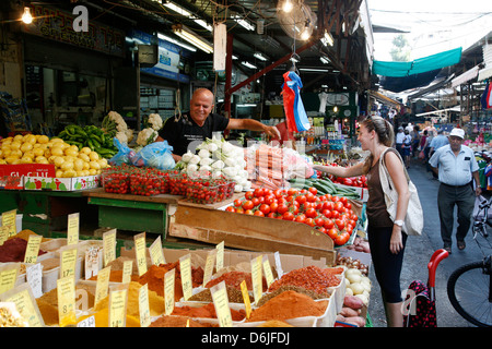 Shuk HaCarmel (Carmel Market), Tel Aviv, Israel, Middle East - Stock Photo