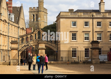 Tourists being photographed in front of the Bridge of Sighs and Hertford College in Oxford England UK Britain - Stock Photo