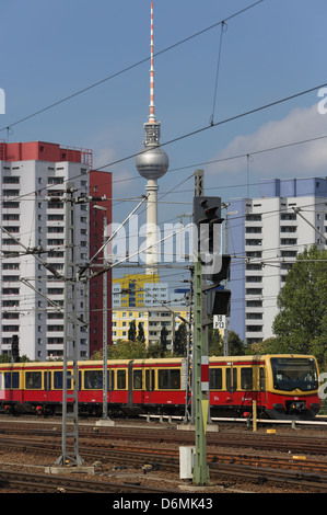 Berlin, Germany, subway line 7 am Ostbahnhof - Stock Photo