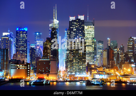Midtown Manhattan at 42nd Street viewed from across the Hudson River in New York City. - Stock Photo