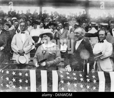 President Woodrow Wilson and wife, Edith Bolling Galt, at baseball game, circa 1916 - Stock Photo