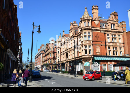 Street scene, South Audley Street, Mayfair, City of Westminster, London, England, United Kingdom - Stock Photo