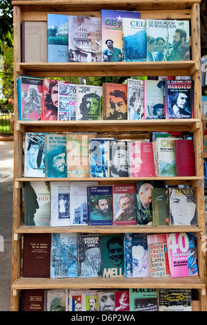 Cuban city of Havana, La Habana, Cuba, South America, Latin America. Market of used and rare vintage books in Plaza - Stock Photo