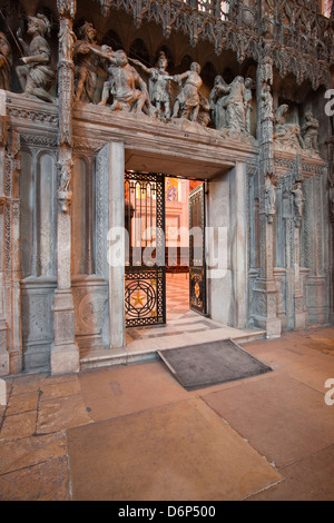 The entrance to the choir in Chartres Cathedral, UNESCO World Heritage Site, Chartres, Eure-et-Loir, Centre, France, - Stock Photo