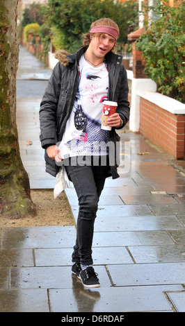 Dougie Poynter of McFly arriving at Fearne Cotton's house for her Christmas Party London, England - 22.12.11 - Stock Photo
