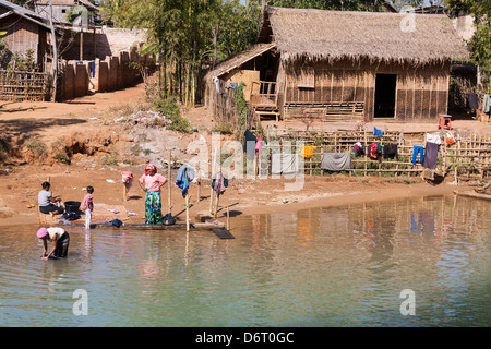 A house beside a tributary to Inle Lake, near Indein and Nyaung Ohak villages, Shan State, Myanmar, (Burma) - Stock Photo