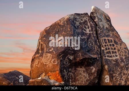 USA, Arizona, Painted Rocks Petroglyph Site, Gila Bend - Stock Photo