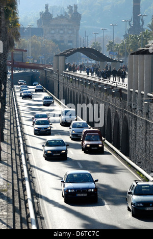 Barcelona, Catalonia, Spain. Traffic on the Ronda del Litoral, along the seafront by the old port - Stock Photo