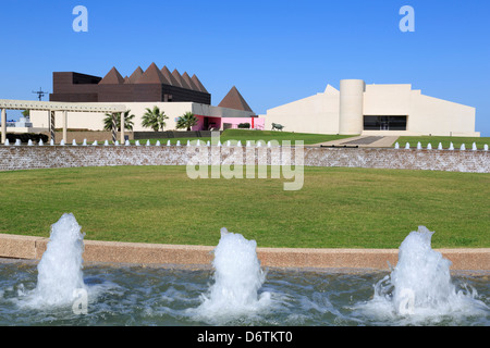 Fountain at a museum, Art Museum of South Texas, Corpus Christi ...