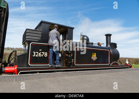 A steam train pulls in to Bodiam Station on the Kent & East Sussex Railway, Robertsbridge, East Sussex, England - Stock Photo