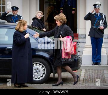 The Hague, The Netherlands. 23rd April, 2013. Queen Beatrix (back), Princess Christina (L) and Princess Margriet - Stock Photo