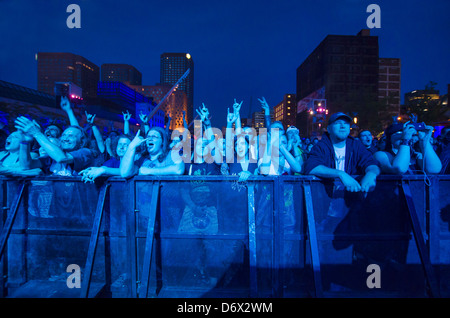 Fans attending a Groovy Aardvark concert during francofolies festival on 2012/06/09 in Montreal - Stock Photo