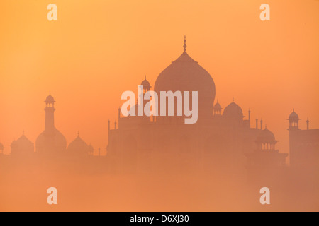 Taj Mahal at dusk skyline (northern view of Taj Mahal), Agra, Uttar Pradesh, India - Stock Photo