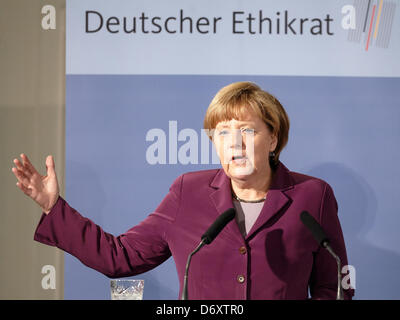 Germany, Berlin, 24th April, 2013. Chancellor Angela Merkel takes part at the Bioethics Forum 'Cohesion and Demographic - Stock Photo