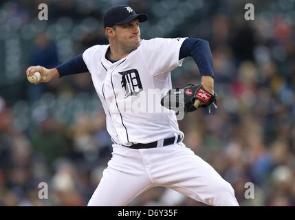 Detroit, Michigan, USA. 24th April, 2013. Detroit Tigers starting pitcher Max Scherzer (37) delivers pitch during - Stock Photo