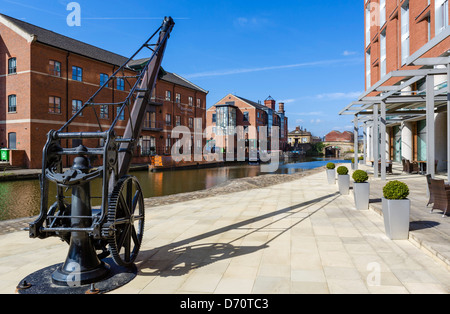 Leeds-Liverpool Canall outside the DoubleTree Hotel at Granary Wharf, Leeds, West Yorkshire, UK Stock Photo