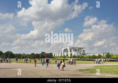 Berlin, Germany, tourists on the Republic Square in Berlin-Tiergarten - Stock Photo
