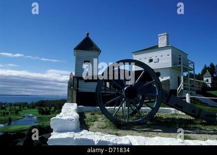 USA, Michigan, Lake Huron, Mackinac Island, Fort Mackinac, Cannon, West Blockhouse, 1798 - Stock Photo