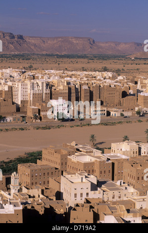 Yemen, Wadi Hadramawt, View Of Shibam From Hill, 'Manhattan Of The Desert', Old Town In Background - Stock Photo