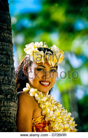 Hula dancer, Waikiki Beach, Honolulu, Oahu, Hawaii USA - Stock Photo
