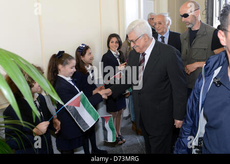 April 28, 2013 - Pompeii, Pompeii, Italy - Palestinan President Mahmud Abbas is greeted during a visit to Pompeii, - Stock Photo