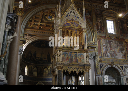 Archbasilica of Saint John Lateran. Interior, rebuilt by Francesco Borromini (1599-1667). Papal Altar with a reliquary. - Stock Photo