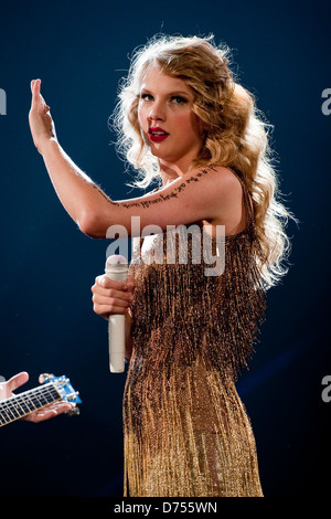 Taylor Swift 2011 Speak Now