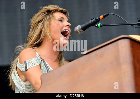 Grace Potter & The Nocturnals Lollapalooza Music Festival 2011 - Performances - Day 1 Chicago, Illinois - 05.08.11 - Stock Photo