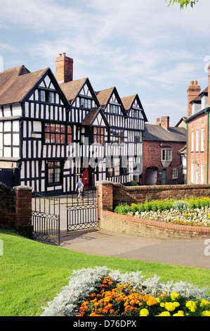 Elizabethan Tudor timber frame Church House on Church Lane, in the town of Ledbury, Herefordshire, England, dates - Stock Photo
