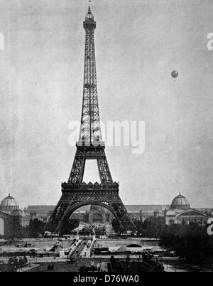 One of the first halftones, the Eiffel Tower, Paris, France, 1880 - Stock Photo