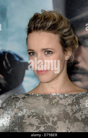 Rachel mcadams sherlock holmes premiere
