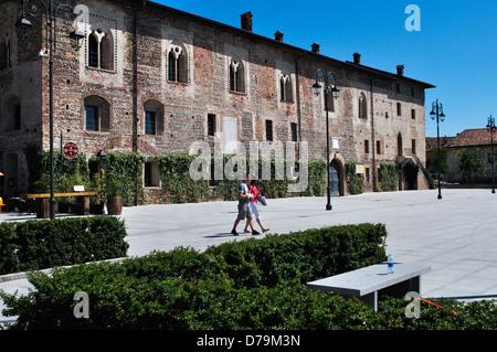 Italy, Lombardy, Cassano d'Adda, Borromeo Castle - Stock Photo