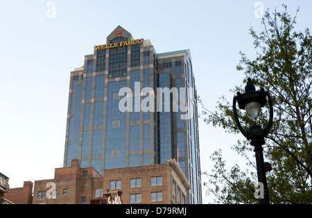 A view of the Wells Fargo building in Raleigh, North Carolina - Stock Photo
