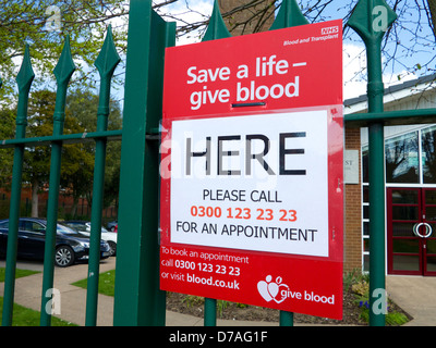 blood donation in the uk please give blood sign