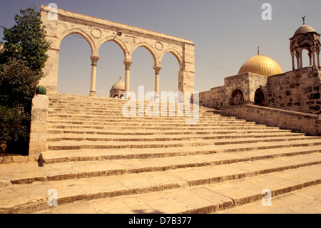stairs leading to dome of the rock on temple mount in jerusalem - Stock Photo