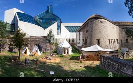 Historic Fort Thuengen, museum building of Musée d'Art Moderne Grand-Duc Jean, Mudam, Kirchberg plateau, Luxembourg - Stock Photo