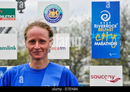 Belfast, Northern Ireland, UK. 6th May 2013. Ukraine's Nataliya Lehonkova wins the ladies' 2013 Belfast City Marathon - Stock Photo
