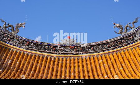 Roof of a chinese temple - Stock Photo