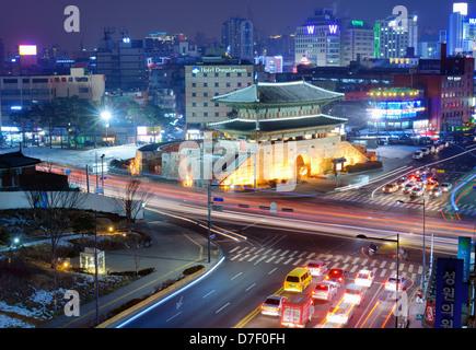 Dongdaemun gate and cityscape of Seoul, South Korea.