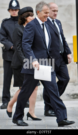 TONY BLAIR AND WIFE CHERIE BLAIR LEAVING ST. PAULS CATHEDRAL AFTER THE FUNERAL OF BARONESS MARAGARET THATCHER, 17/4/2013 - Stock Photo