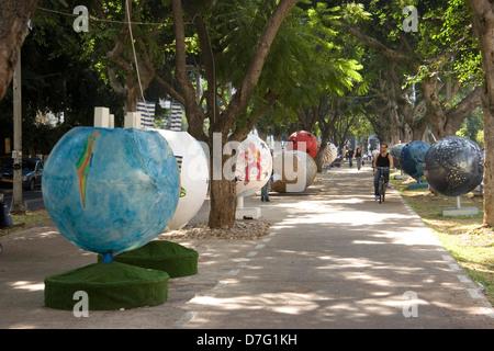 Global View open air exhibition in Rotschild Blvd, Tel Aviv - Stock Photo