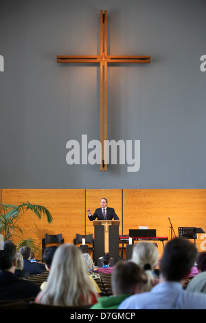 Sabbat service of the Seventh-day Adventists in their church in Hamburg, Germany - Stock Photo