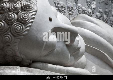 Reclining Buddha at the Long son pagoda in Nha Trang, Vietnam - Stock Photo
