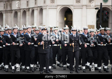 London, UK. 8th May 2013. Royal Navy parade enters Parliament Square, Westminster, prior to the state opening of - Stock Photo